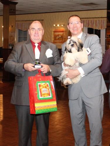 Grasberg 14 15 december PANYIN TSIN FATINAT AL SJARK (DONNA)beste pup in show